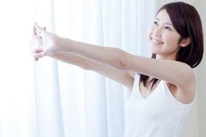 早寝早起きなどをすれば肌が生まれ変わるサイクル(ターンオーバー)が正常化